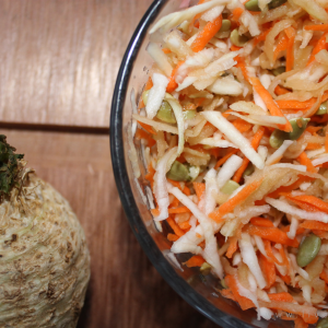 Celeriac salad: for teeth and to prevent anemia