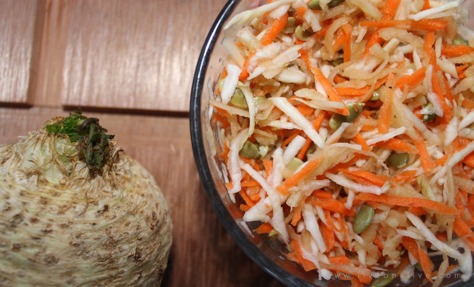 Celeriac salad: for teeth and to prevent anemia - ready salad