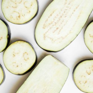 2 other common vegetables you can eat raw (or dehydrated)
