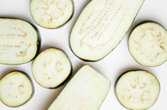2 other common vegetables you can eat raw (or dehydrated) - eggplant