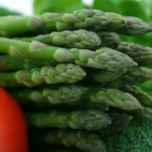 3 common veggies that can be eaten raw